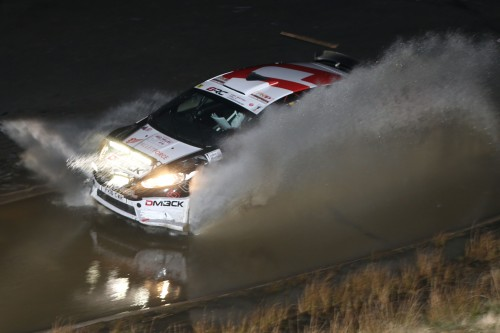 Evans claims early lead in Mid Wales Photo